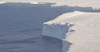 Satellite data informs study showing rapid movement of Antarctic glaciers